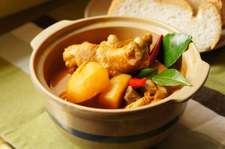 Tom Yam Curry Chicken by Foodie